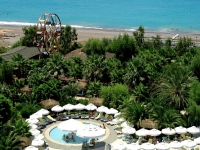Delphin Deluxe Resort - територрия отеля