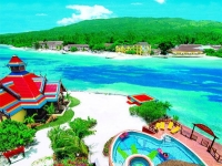 Sandals Royal Caribbean Resort - Бассейн и пляж отеля
