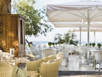 Sani Beach Hotel   SPA - Ammos Beach Bar